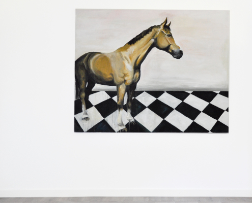 Horse on checked floor 1500